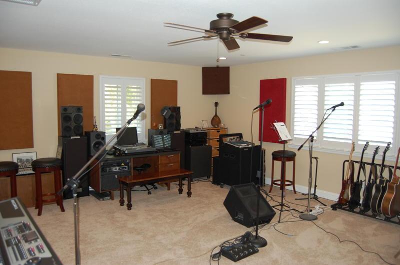 Acoustimac Knowledge Center - Home Studio Acoustics - Steve Kolokithas
